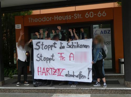 Protest vor Jobcenter Köln Porz 8.7.19